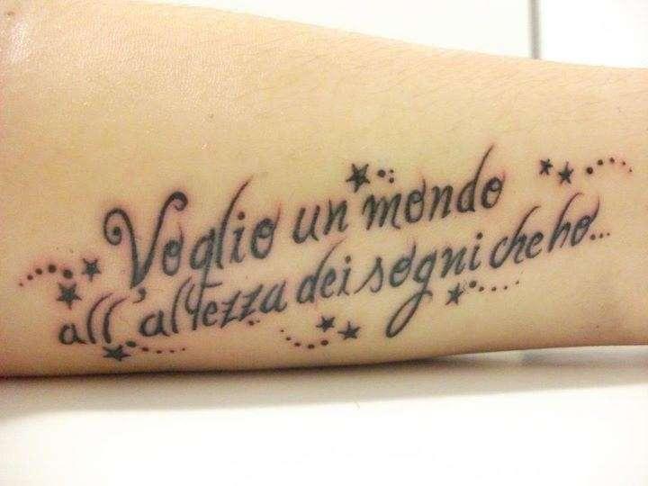 Frasi Tatuaggi Le Citazioni Piu Belle Di Ligabue Tatuaggio